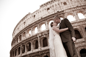 Rome, Italy: Wedding Portraits at the Colosseum.